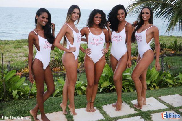 As cinco finalistas antes da gravação da final do concurso Garota Verão Potiguar 2017.