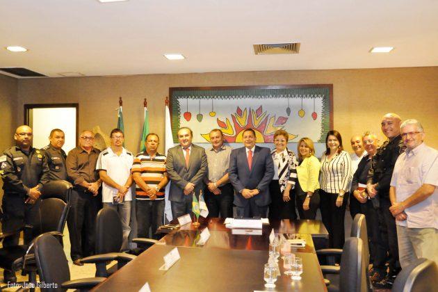 Ezequiel consegue nova sede da PM e ambulância Semi Uti para o Seridó.