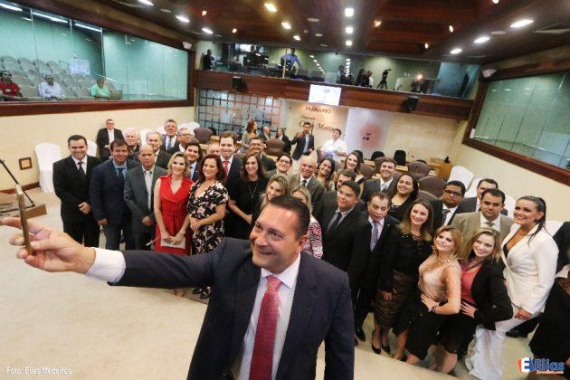 Jornalistas são homenageados em solenidade de iniciativa do presidente da Assembleia Legislativa Ezequiel Ferreira.