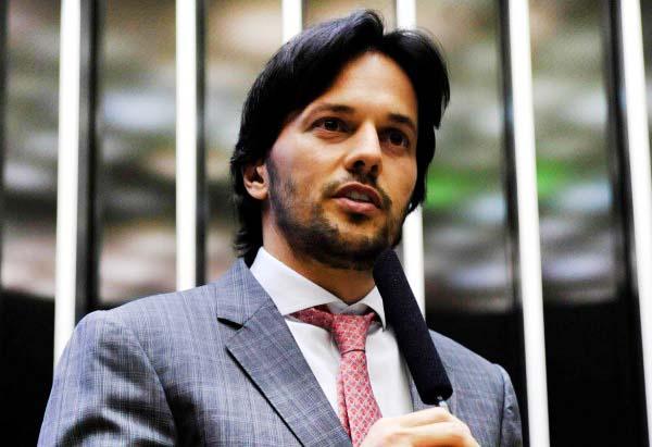 """""""Precisamos dar segurança para trabalhadores e empregadores"""", diz Fábio Faria sobre reforma"""