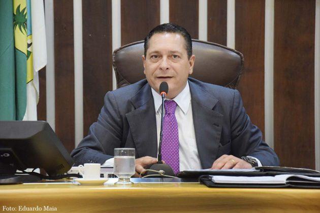 Ezequiel Ferreira reforça a solicitação para recuperação de estradas no Estado.