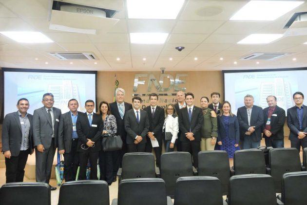 Rafael Motta reúne 20 prefeitos em Brasília na busca de melhoria para municípios do RN