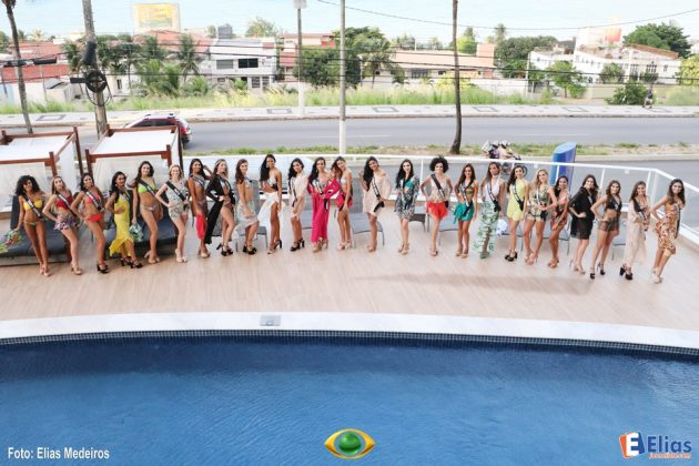 Candidatas à Miss RN 2017 participam da prova de biquíni no Golden Tulip