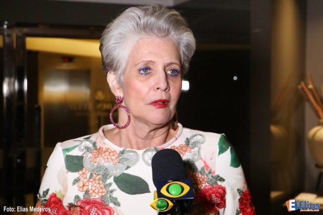 Ùltima Miss Universo do Brasil, participa de jantar com candidatas à Miss RN 2017.