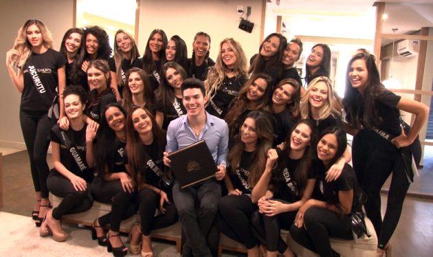 No domingo as candidatas participaram da prova de maquiagem no estúdio de Talisson Salvyno.