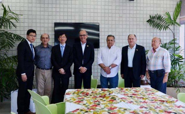 Executivos chineses apresentam na FIERN projeto para fábrica de painéis fotovoltaicos