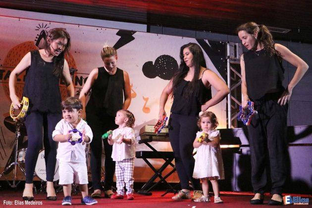 Recital interno apresenta talentos da Casa de Talentos (Quarta-feira)