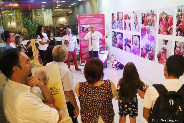 """Lançamento da mostra fotográfica """"Mães do Juvino"""" no Partage Norte Shopping. (Foto: Ney Douglas)."""