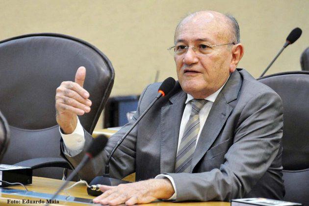 Vivaldo Costa defende união de esforços para amenizar efeitos da seca