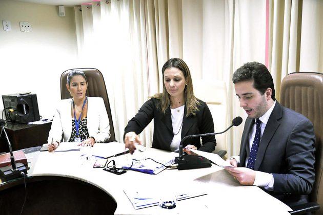 Comissão de Administração aprova projeto de câmeras de monitoramento nas escolas. (Foto: Eduardo Maia).