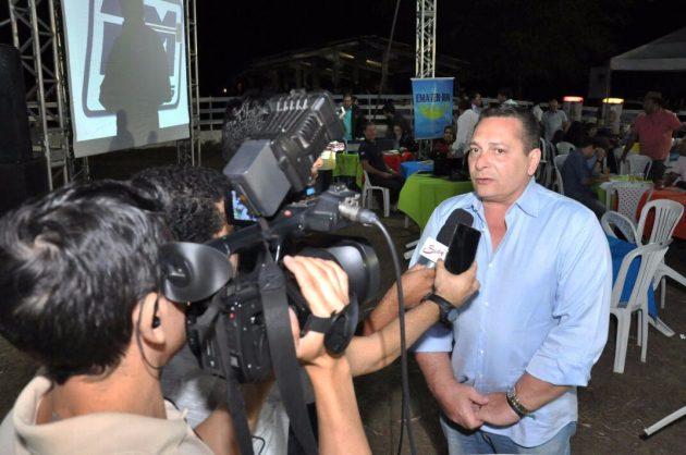 Presidente da Assembleia Legislativa participa da Exponovos e do Leilão Seridó Terra do Leite. (Foto: Eduardo Maia).