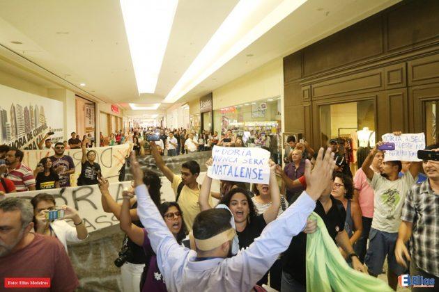 João Doria é recebido com protestos em Natal.