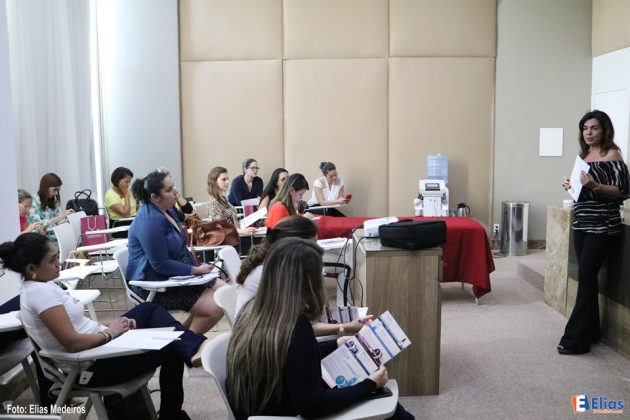 e o curso de microagulhamento com a Dra.Ludmila Bonelli.
