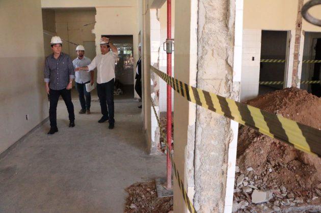 Mais cedo, o governador visitou o prédio que abrigará a primeira unidade do Instituto Técnico-Científico de Perícia (ITEP). (Foto: Ivanisio Ramos).