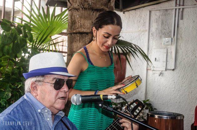 Festival de samba reúne artistas de cinco estados em Natal.