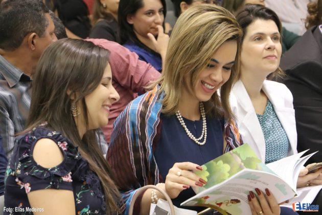 Secretária de Educação do RN participa do terceiro seminário internacional sobre Educação Pública.