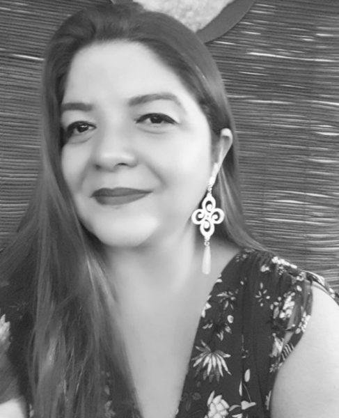 A Diretora de Marketing do Praia Bonita Resort Viviane Guimarães, reestreia como colunista na revista GLAM.