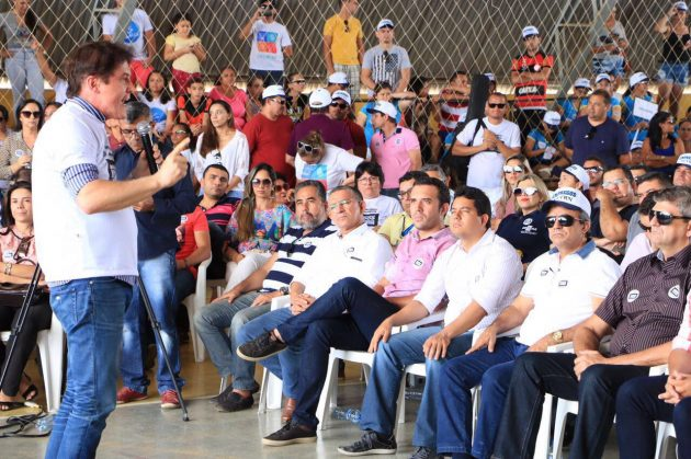 No Seridó, Robinson reforça apoio ao setor têxtil e defende empregos da atividade. (Foto: Ivanizio Ramos).