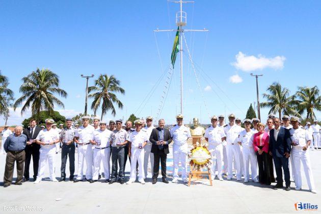 Base Naval de Natal celebra aniversário do Almirante Ary Parreiras com entrega de Medalhas