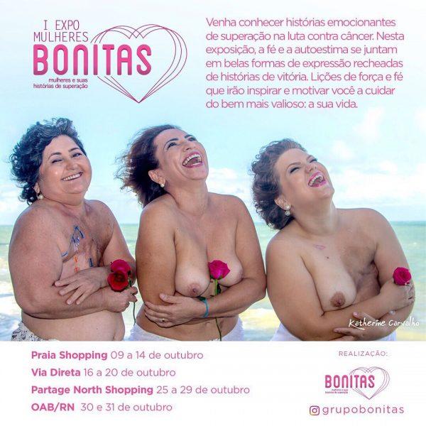 Mulheres com câncer se mostram em exposição durante o Outubro Rosa.