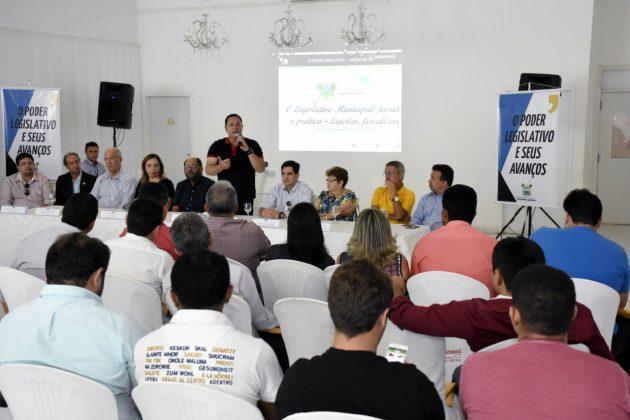 Primeira etapa do ciclo de debates para legisladores é concluída em Mossoró .