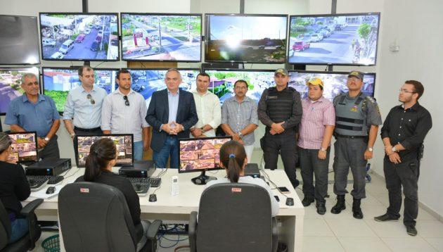 Câmeras instaladas pela prefeitura ajudam a prender criminosos em São Gonçalo. (Foto: Isaías Carlos).