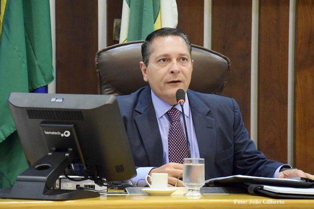 Ezequiel Ferreira contempla o Trairi com solicitações de barragens submersas.