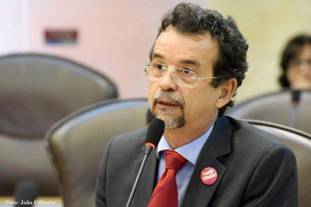 """Mineiro diz que no RN """"caos está instalado"""" e Governo não dialoga com servidores."""