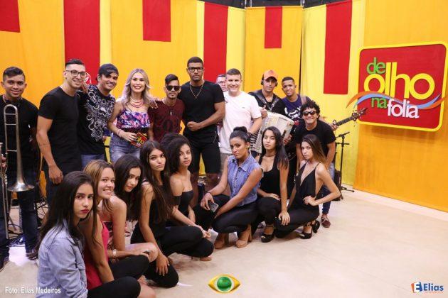 """A Banda Farra de Rico foi a atração de estreia do programa """"De Olho na Folia."""