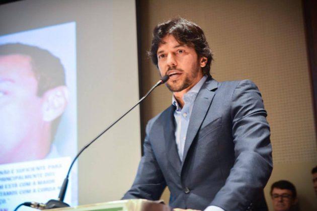 Fábio Faria apresenta projeto de lei para reduzir contribuição previdenciária dos municípios pela metade