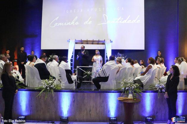 Casamento coletivo hebraico evangélico.