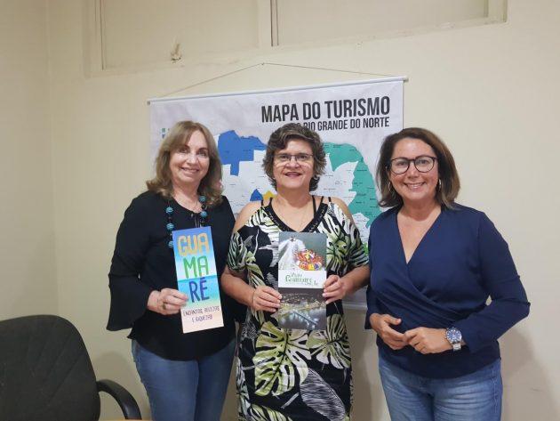 Secretária de Turismo do RN recebe secretária de Turismo de Guamaré. 244ee316b3